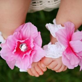 Bashful Pink & White ToeBlooms