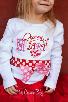 Queen of Hearts Ribbon Lip Shirt